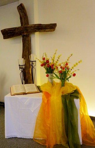 Kreuz im Gottesdienstraum